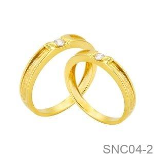 Nhẫn Cưới Vàng Vàng 18K Đính Đá CZ - SNC04-2