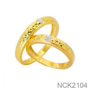 Nhẫn Cưới Vàng 18k Đính Đá CZ - NCK2104