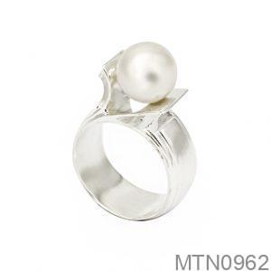 Nhẫn Nữ Vàng Trắng 10k Đính Ngọc Trai - MTN0962