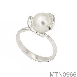 Nhẫn Nữ Vàng Trắng 10k Đính Ngọc Trai - MTN0966