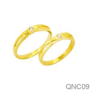 Nhẫn Cưới Vàng Vàng 18k Đính Đá CZ - QNC09