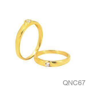 Nhẫn Cưới Vàng Vàng 18K Đính Đá CZ - QNC67