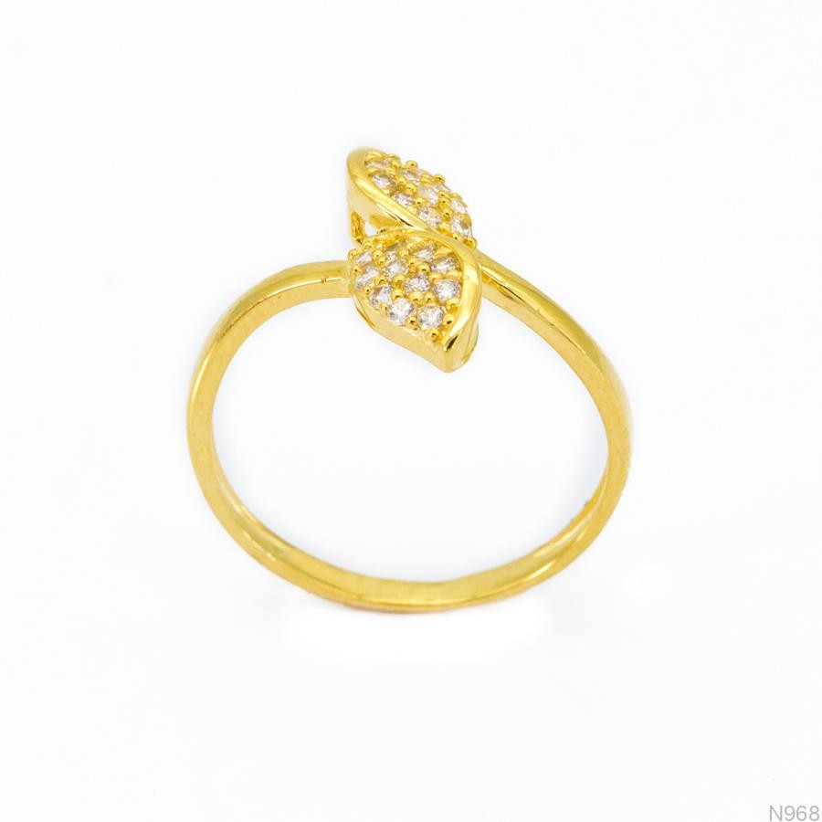 Nhẫn Nữ Vàng 18K Đính Đá CZ - N968
