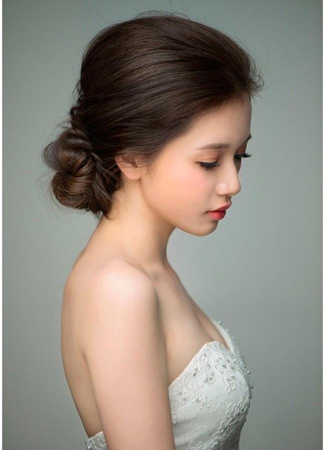 cô dâu tóc ngắn