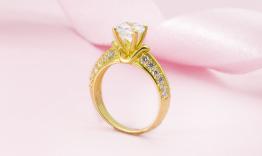 Nên mua nhẫn cầu hôn giá bao nhiêu?