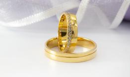 Kinh nghiệm chọn nhẫn cưới các cặp đôi nên biết