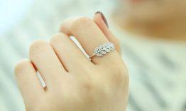 Ý nghĩa ngón tay đeo nhẫn theo phong thủy