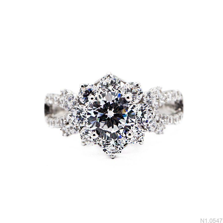 N1.0547-2 Nhẫn đính hôn vàng trắng 10k đẹp giá rẻ