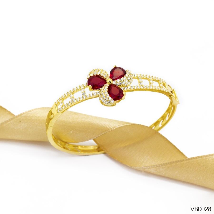 mua vòng đeo tay nữ 1