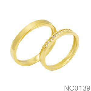 Nhẫn cưới vàng vàng 18k đẹp APJ đính đá CZ NC0139