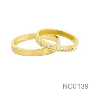 Nhẫn Cưới Vàng Vàng 18K Đính Đá CZ - NC0139