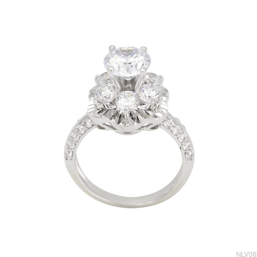 Nhẫn đính hôn vàng trắng 10k NLV06