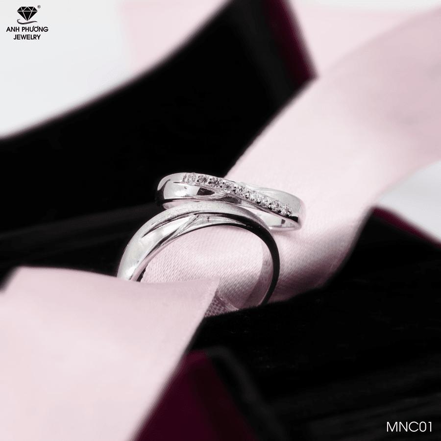 Nhẫn cưới vàng trắng 18k MNC01