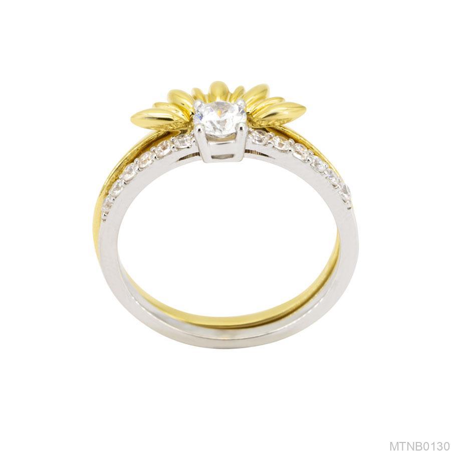 MTNB0131 Nhẫn nữ vàng trắng 2 màu 10k dáng hoa cực đẹp
