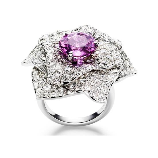 Nhẫn cưới Piaget