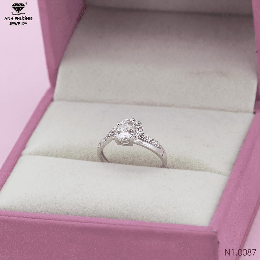 N1.0087 Nhẫn đính hôn vàng trắng 18k