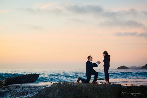 cầu hôn ở biển