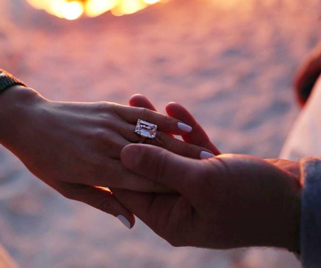 Những thời điểm quý ông nên trao nhẫn đính hôn nhằm tạo bất ngờ cho nàng