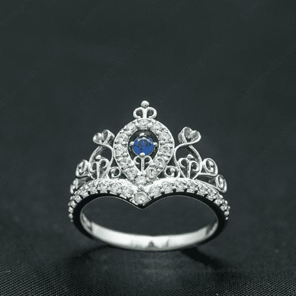 nhẫn đính hôn vương miệng