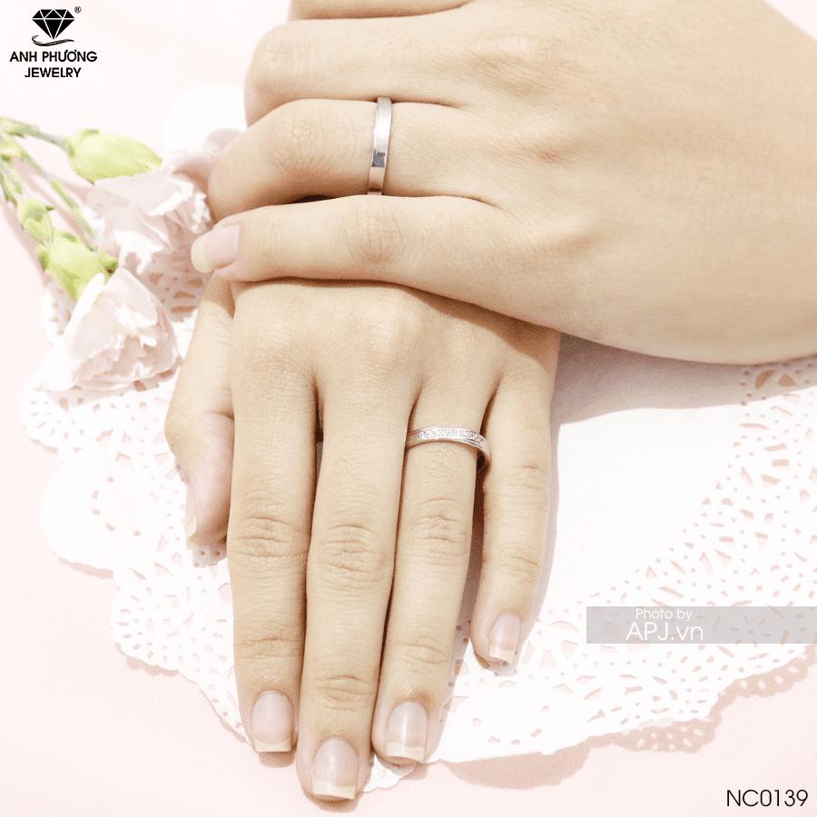 NC0139 Nhẫn cưới vàng trắng đơn giản