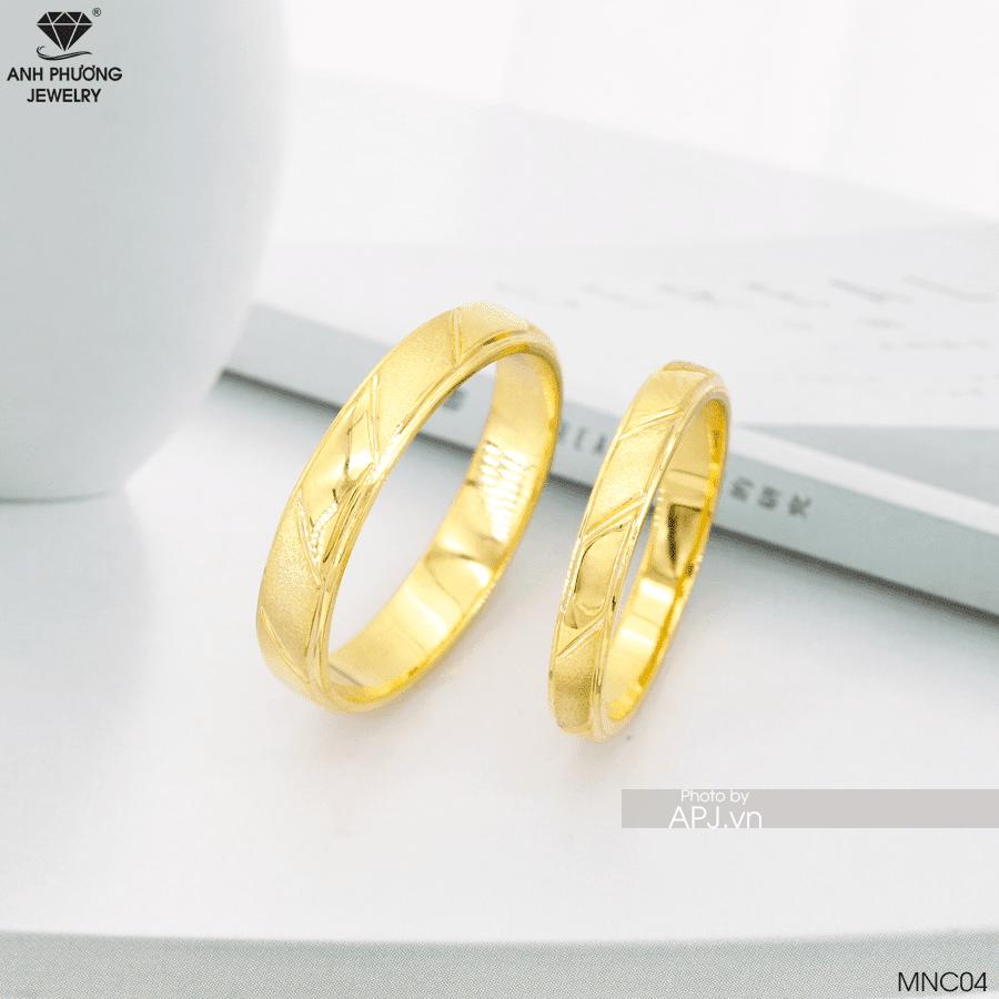 Nhẫn cưới trơn vàng 18k đẹp hoàn mnc04