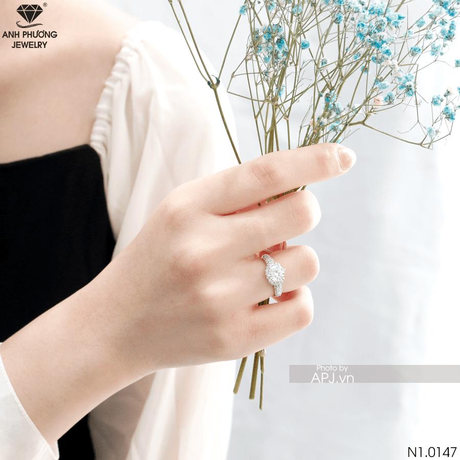 N1.0147 Nhẫn đính hôn vàng siêu đẹp