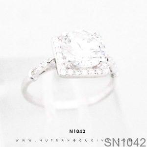 Nhẫn Bạc Nữ Đính Đá CZ - SN1042