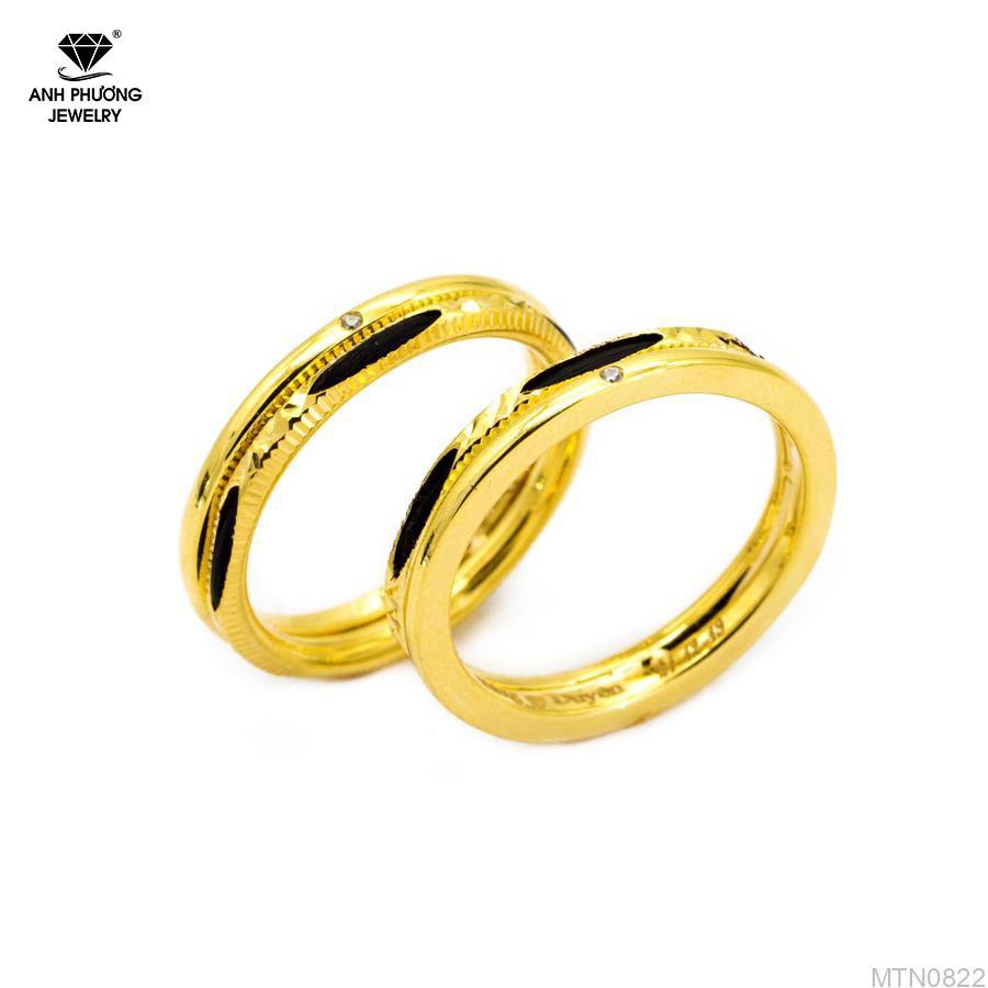 Nhẫn cưới vàng vàng lông voi