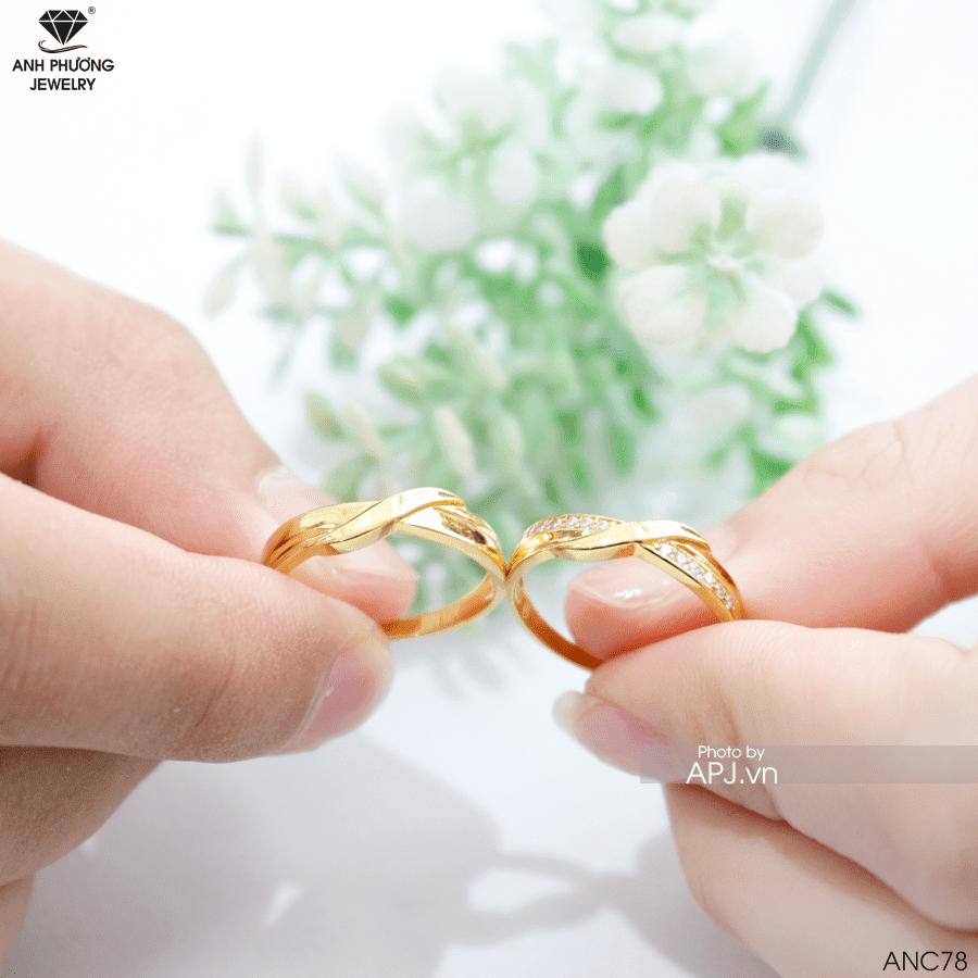 Nhẫn cưới thiết kế