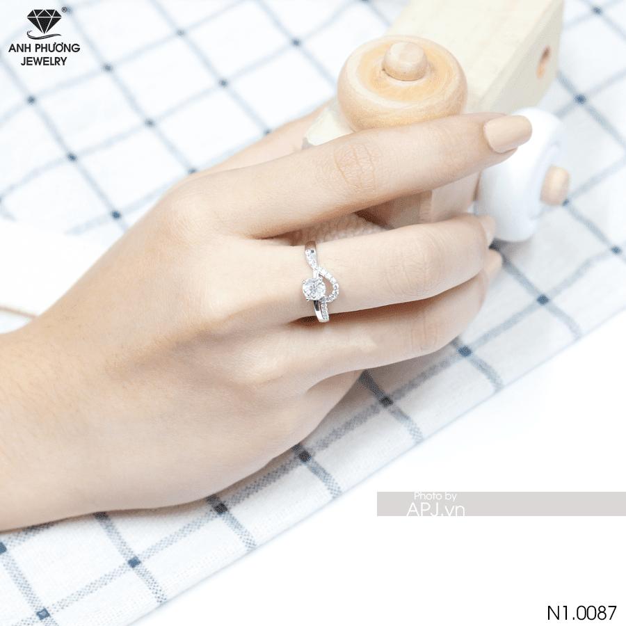 Nhẫn đính hôn bạch kim N1.0087