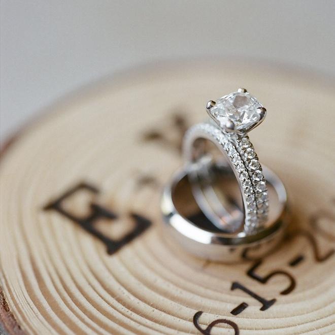 Tại sao nên lựa chọn trang sức cưới bạch kim?