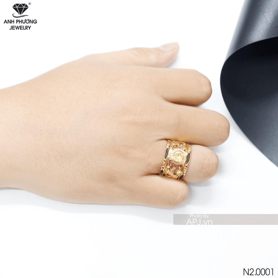 Nam đeo nhẫn tay nào