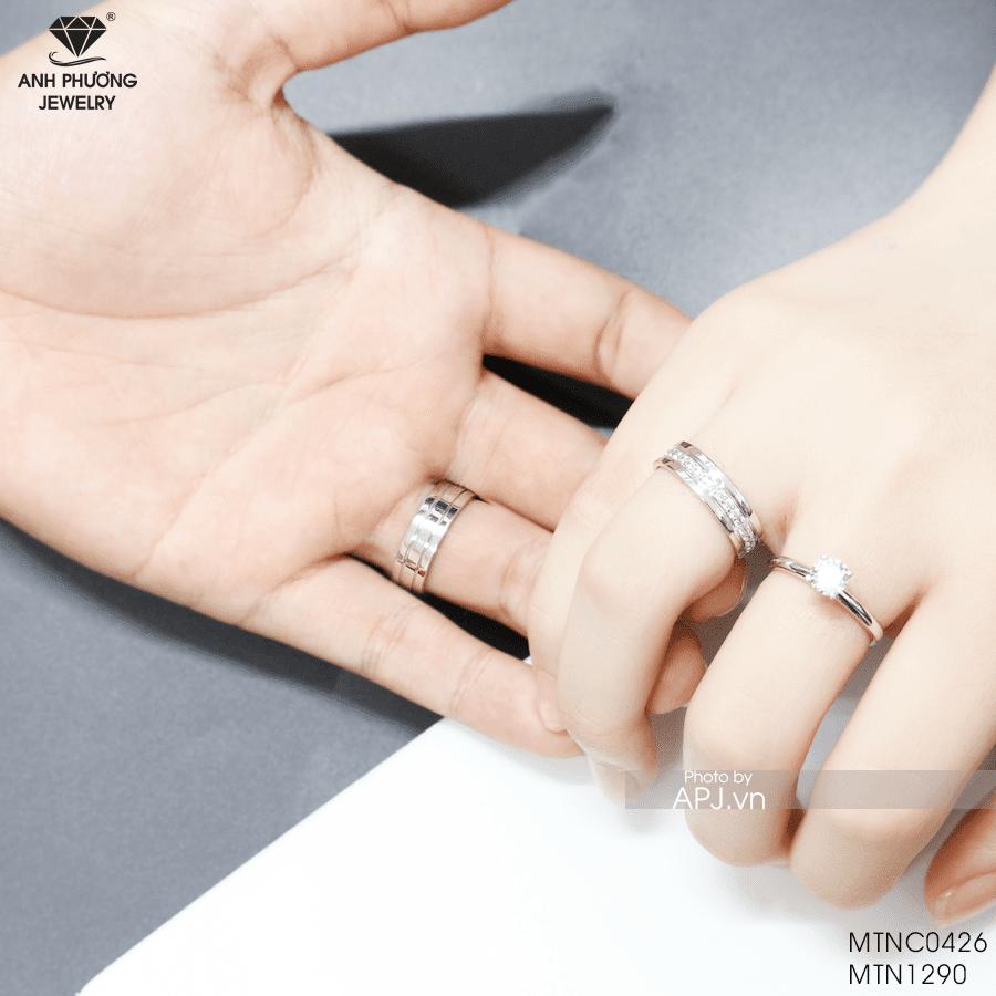 Nhẫn cưới vàng trắng MTNC0426