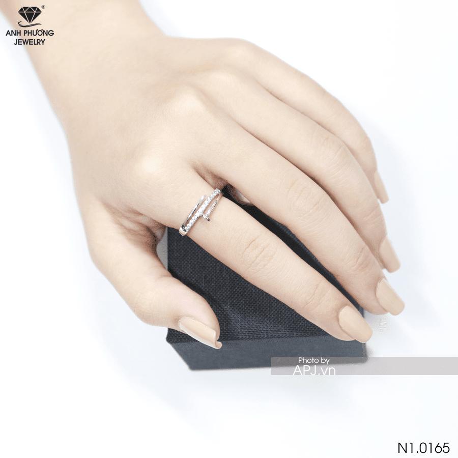 Nhẫn nữ vàng trắng 10k N1 0165