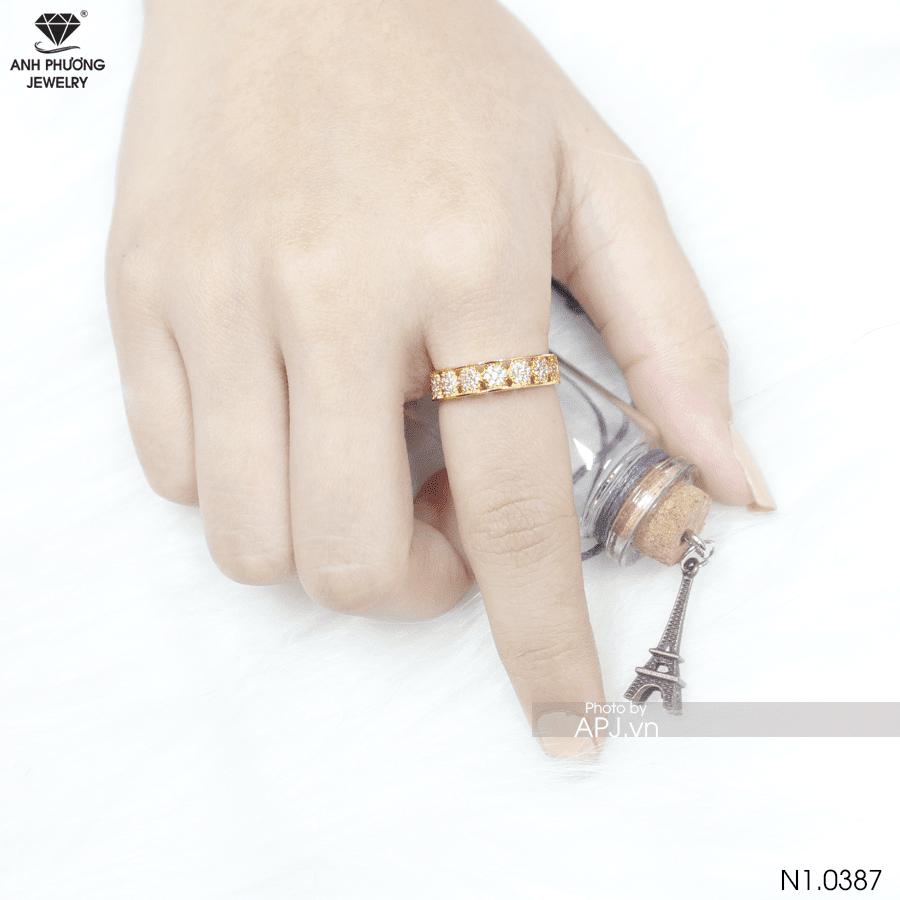 nhẫn nữ đeo ngón trỏ đính đá đẹp