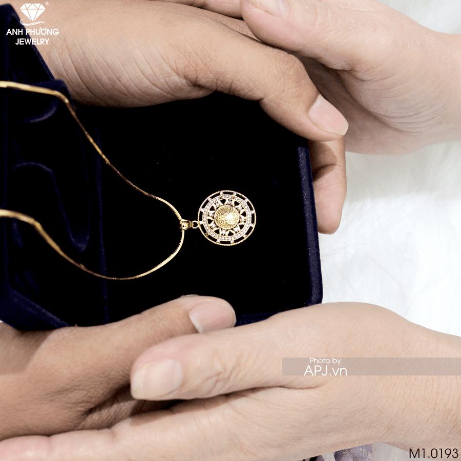 mặt dây chuyền vàng tặng mẹ