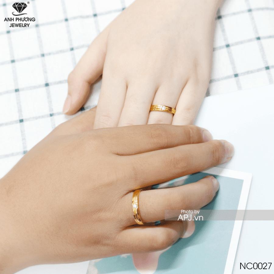 Mua nhẫn cưới nên chọn vàng gì?