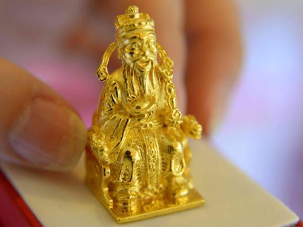 Tượng thần tài vàng