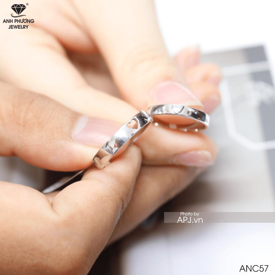 ý nghĩa đôi nhẫn cưới vàng trắng